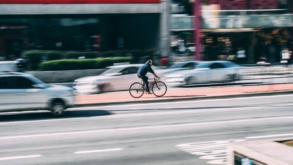 Les 4 Meilleurs Vélos de Route Rapport Qualité Prix (Comparatif)